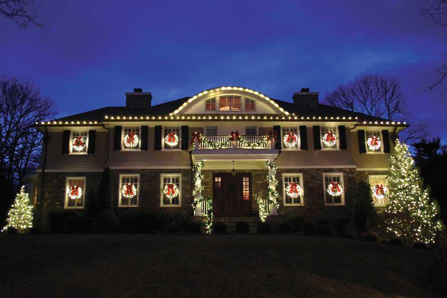 holiday decorating services gallery - Professional Christmas Decorators Near Me